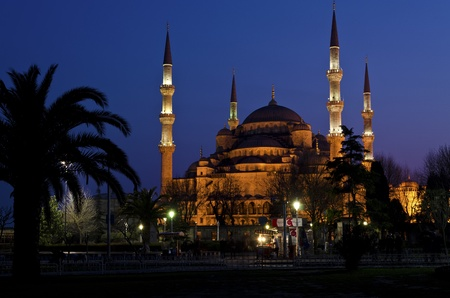 Night view of Blue Mosque (Sultanahmet Mosque) in Istanbul, Turkey