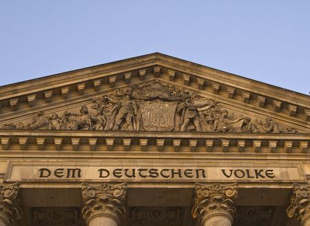 dedication: Detail of the Reichstag building featuring the specific dedication  Stock Photo