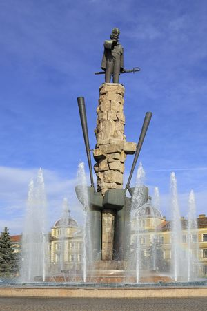 alphorn: Image of Avram Iancu Statue and artesian well from Cluj Napoca,Transylvania,Romania.Avram Iancu was a Transylvanian Romanian lawyer who played an important role in the local chapter of the Austrian Empire Revolutions of 1848�1849. Stock Photo