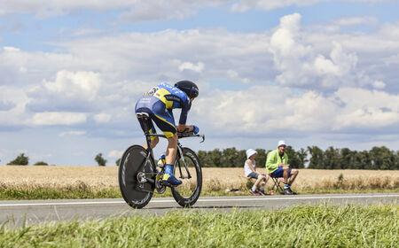 chris: Beaurouvre, Francia, 21 de 2012 El ciclista dan�s Chris Sorensen, del equipo Tinkoff-Saxo pedalear durante la 19 � etapa del Tour de Francia 2012 - una contrarreloj entre Bonneval y Chartres Editorial
