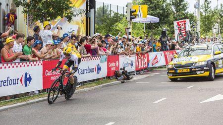 steven: Utrecht,Netherlands - 04 July 2015: The Dutch cyclist Steven Kruijswijk of  Team LottoNL-Jumbo riding during the first stage individual time trial  of Le Tour de France 2015 in Utrecht,Netherlands on 04 July 2015.