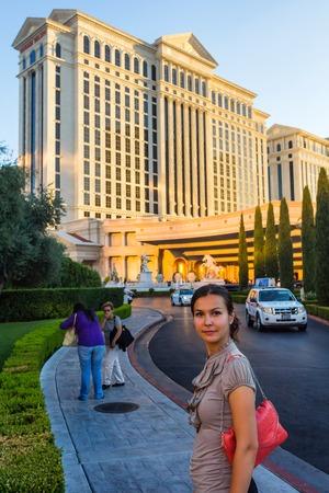 caesars palace: Las Vegas, NV, USA - 13th July 2013: Amazed caucasian tourist walking by Caesars Palace Hotel. Editorial