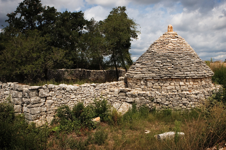 covert: Traditional Istrian lurk in the nature Stock Photo