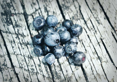 bilberries: Bilberries on wood