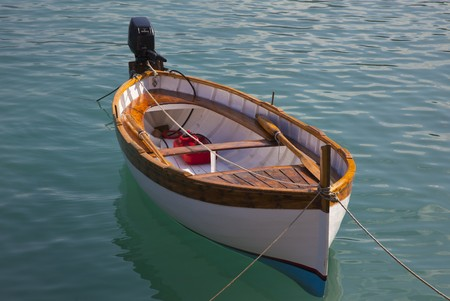 bateaux italiens dans l'eau bleue Banque d'images
