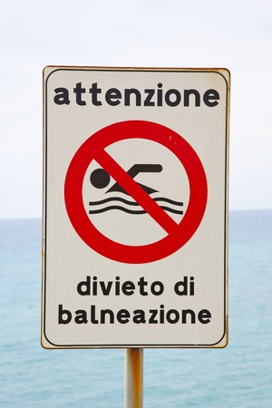 amended: italian road sign