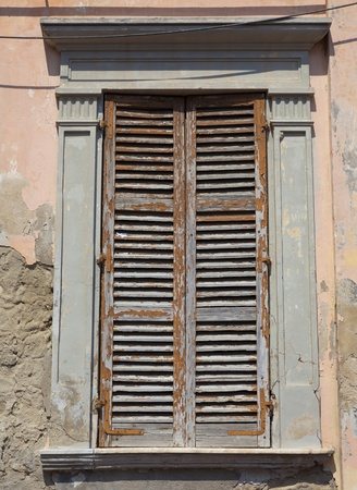 old window in a abandoned house Stock Photo - 9575308