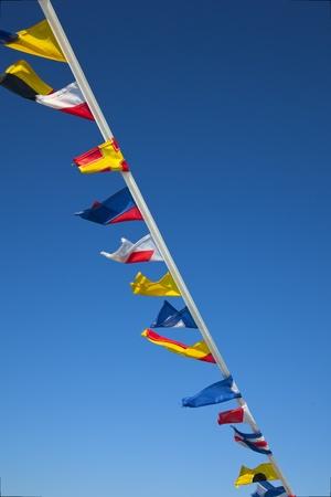 nautial vlajky s modrou oblohou Reklamní fotografie