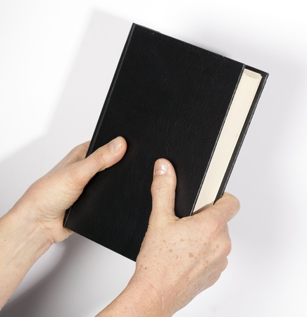 honest: hand on the Holy Bible
