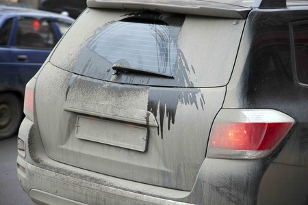 špinavé auto v zimě Reklamní fotografie