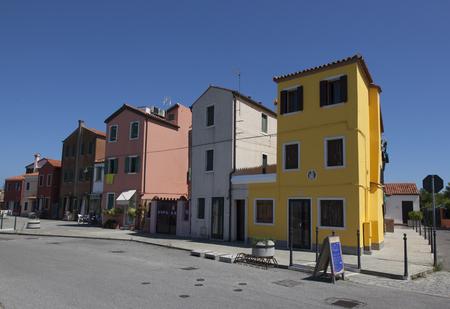 houses in pellestrina nearby venice