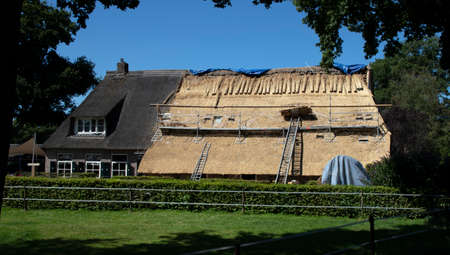 Construction site (roof) from family home with straw