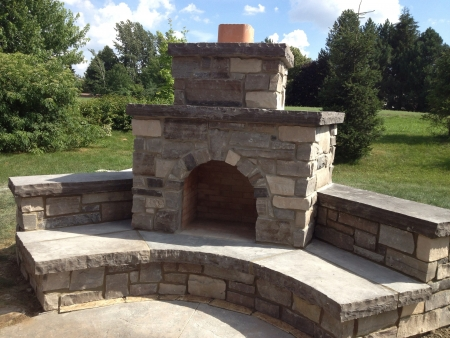Outdoor pizza oven by JJ Masonry kitchener Ontario