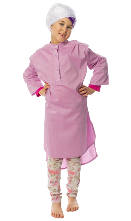 petite fille musulmane: Petite fille musulmane isolé sur blanc