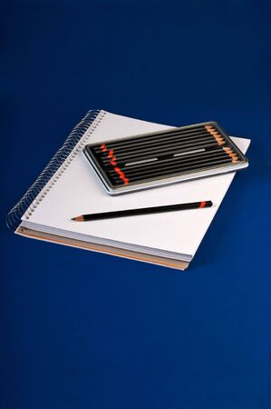 hardness: Sketchpad with assorted hardness of drawing pencils