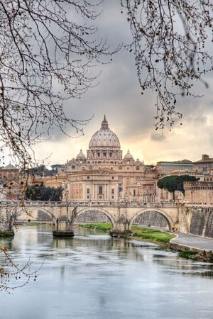 tevere: Saint Peters dome (Basilica di San Pietro) from Tevere river,Vatican Town, Rome, Italy.