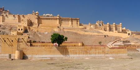 jagmandir: Beautifoul Amber Fort near Jaipur city in India. Rajasthan