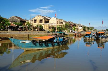 Hoi An Stadt - Höhepunkt jeder Reise nach Vietnam. Hio Eine alte Stadt ist ein UNESCO-Weltkulturerbe. Vietnam Standard-Bild - 12098865