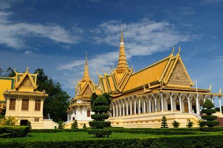 Royal Palace in Phnom Penh, Cambodia Stock Photo - 12098936