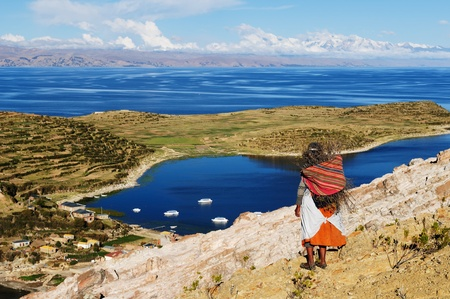 isla: Bolivia - Isla del Sol on the Titicaca lake, the largest highaltitude lake in the world (3808m) This islands legendary Inca creation site and the birthplace of the sun. Landscape of the Titicaca lake Editorial