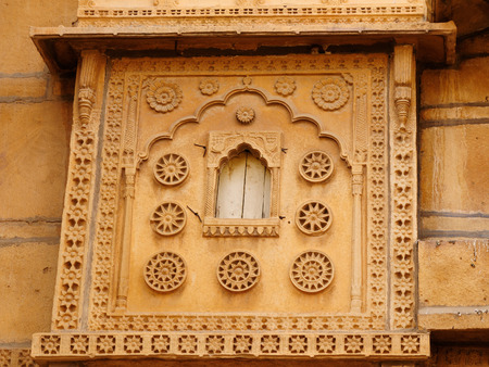 richly: Richly decorated houses of merchants from India in the Rajasthan state