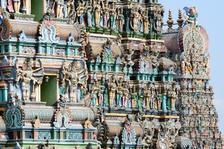 tamil nadu: Meenakshi  Sundareswarar Temple in Madurai. Tamil Nadu, India. It is a twin temple, one of which is dedicated to Meenakshi, and the other to Lord Sundareswarar. Detail main gate Editorial