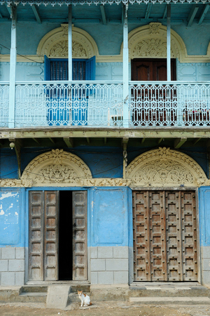 ade: Typical example of an architectural style in Stonetown on Zanzibar,  Tanzania
