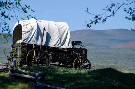 western usa: Covered Wagon At The Edge Of The Desert