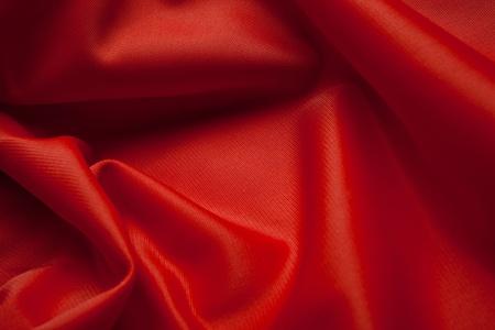 tela seda: Tela de seda roja con cama doble Foto de archivo