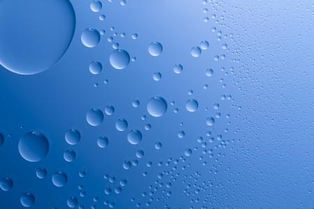 self sealing: Water drops beading nano effect