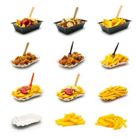 Eine Reihe von Currywurst (Wurst) und Französisch frites mit Zwiebeln und Saucen. Standard-Bild - 38309088