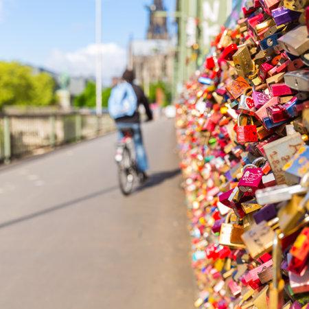 locks: Hohenzollern Bridge in Cologne with love locks German
