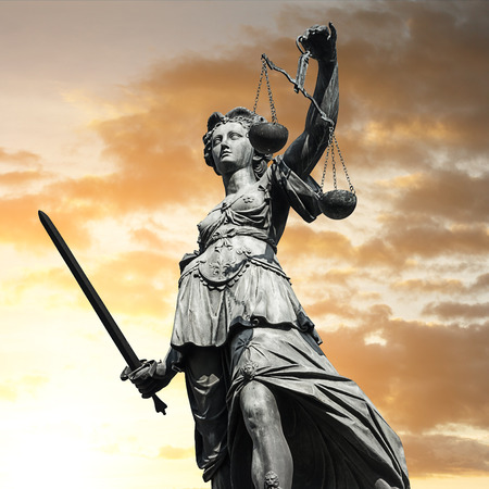 paragraf: Justitia with sunset sky