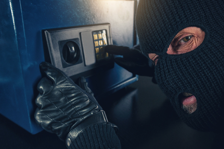 tries: Burglar tries to find the combination code of a safe