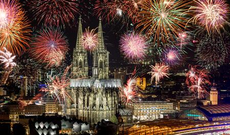 Fireworks at Cologne Cathedral (Kölner lichter), Cologne, Germany Stock Photo