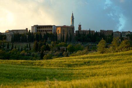 Pienza Italië, een klein dorp in de regio Toscane in Italië. De stad ligt in de Val d'Orcia, een vallei in het hart van Toscane die op de Werelderfgoedlijst van de VN staat