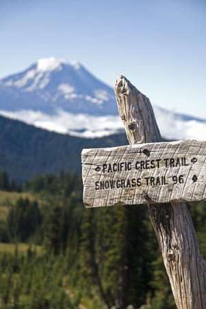 pacific crest trail: Sign for the Pacific Crest trail, with Mount Adams in background