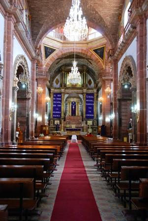 san miguel arcangel: Interior de la Parroquia San Miguel Arc�ngel, San Miguel de Allende, Mexico.