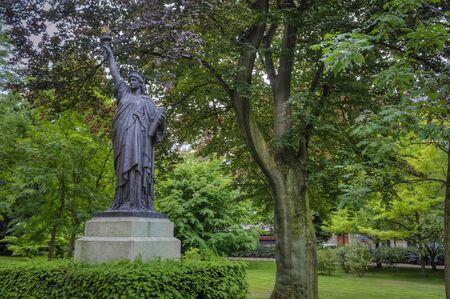 Replica van de Statue of Liberty, Luxembourg Garden, Parijs