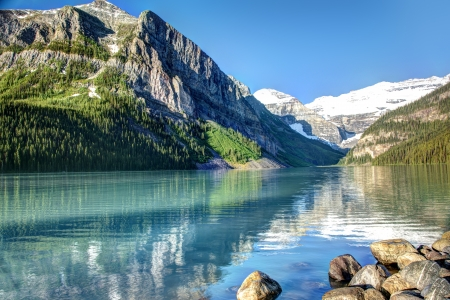 banff national park: Lake Louise in Banff National Park, Canada