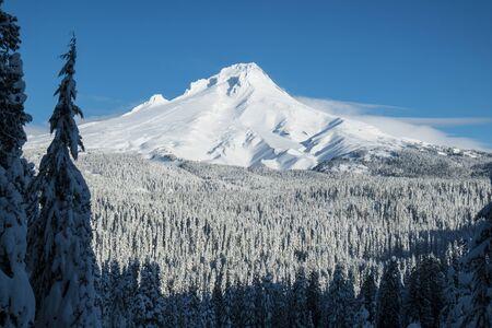 Mount Hood covered in winter snow, Oregon 写真素材
