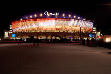curren: The O2 world Arena in Berlin at night