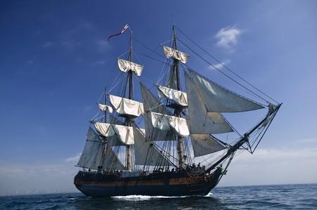 Tall Ship pod żaglami Zdjęcie Seryjne