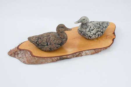 polished wood: Anatre argilla modellati su base in legno lucidato Archivio Fotografico