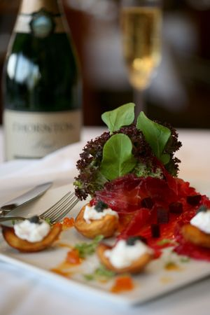 Smoked salmon, yukon gold potatoes, creme fraiche and caviar salad