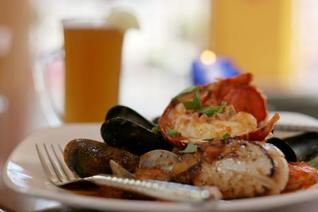 Grilled lobster and scallops with beer