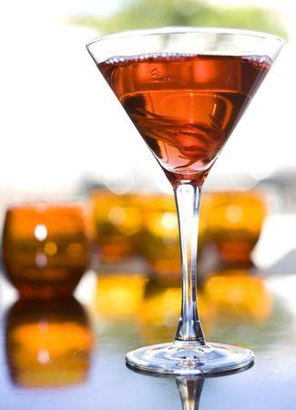sorbo: La reencarnaci�n de martini con hibisco y el jarabe de flor candied