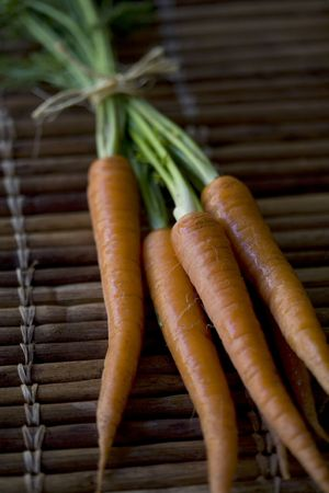 Freshly harvested and washed organically grown carrots Stock Photo - 4815960