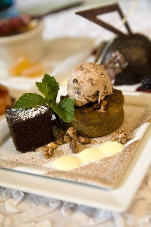 Hazelnut ice cream and chocolate brownie with mint creme