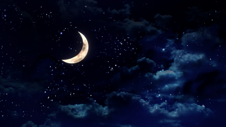 noche y luna: la belleza de la luna en el cielo nocturno